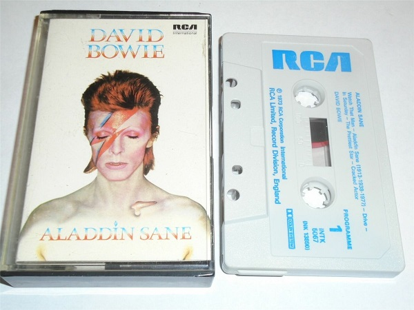 David Bowie - Aladdin Sane Cassette Tape RCA White Shell Blue Text INTK5067