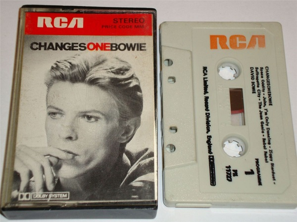 David Bowie - Changes One Cassette Tape PK11727 White Shell RED RCA Black Text